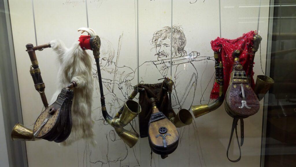 Muzeum Instrumentów Ludowych