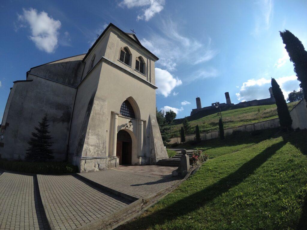 Chęciny - kościół