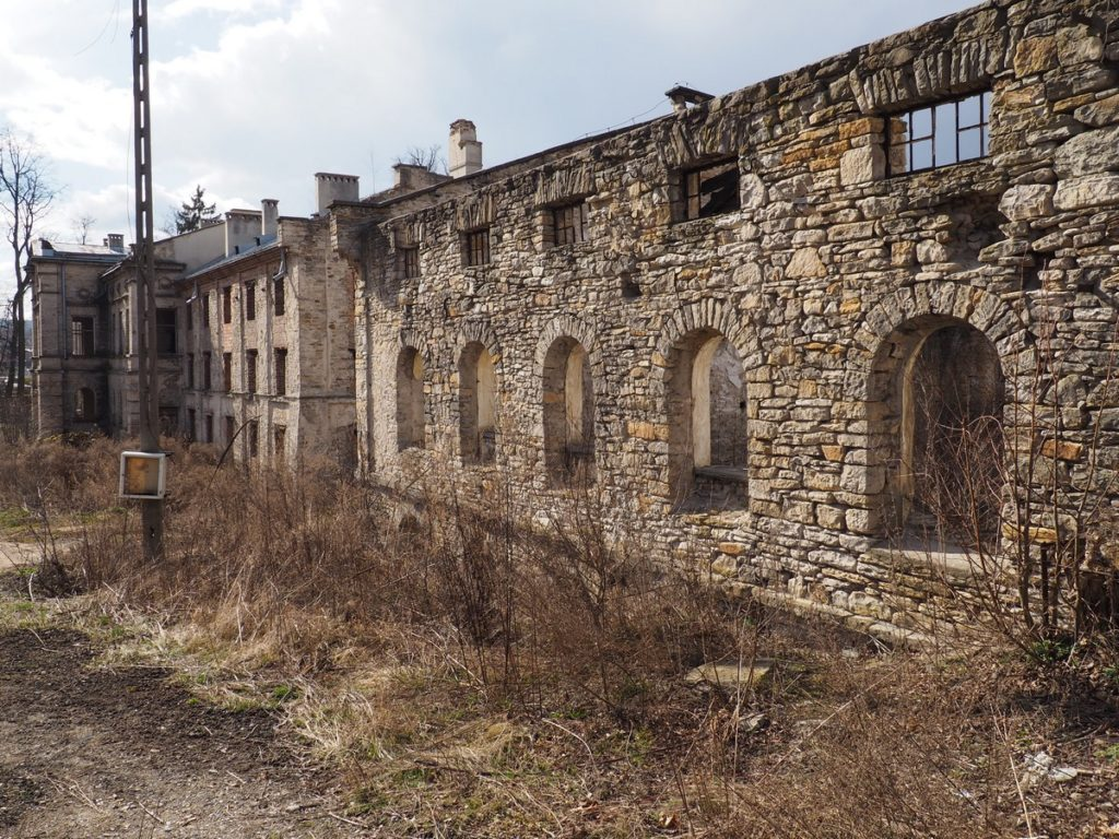 Pałac Schoenbergów w Wąchocku