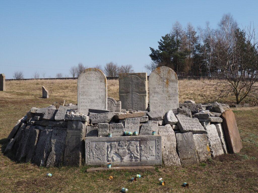cmentarz żydowski w Chmielniku