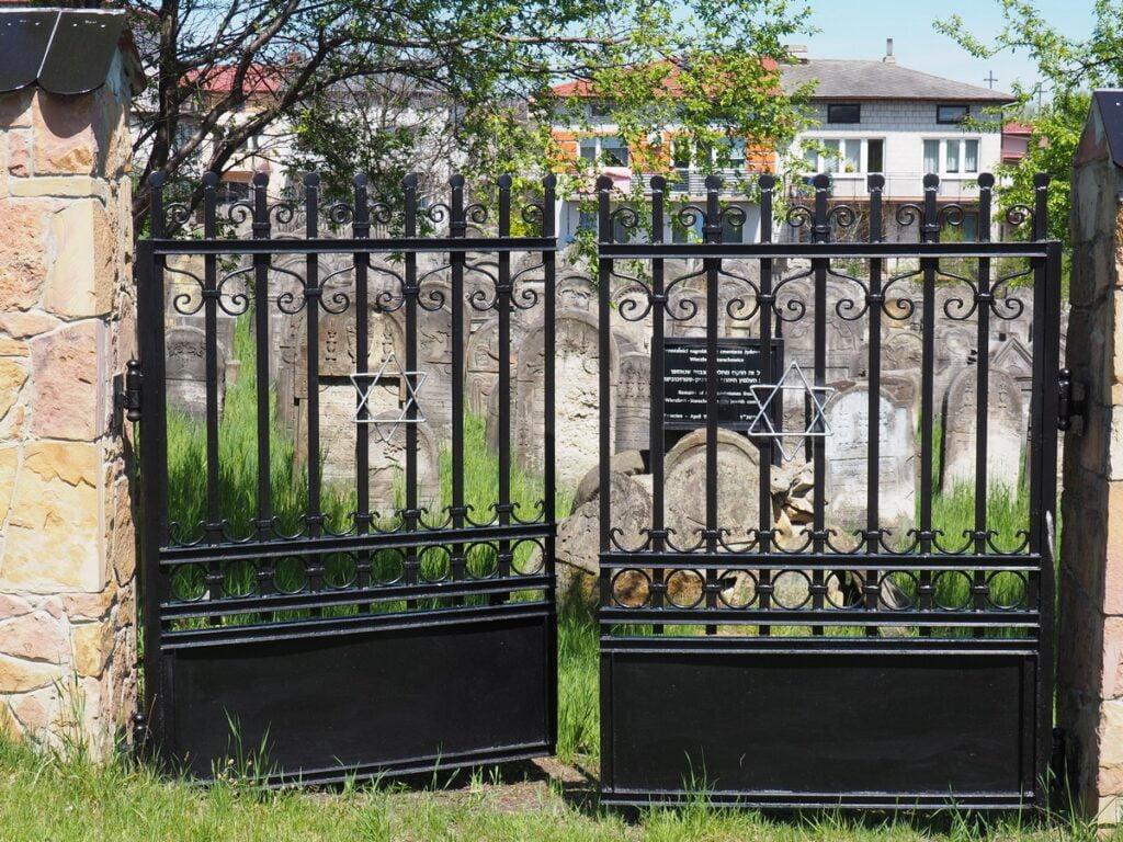 Cmentarz żydowski w Starachowicach